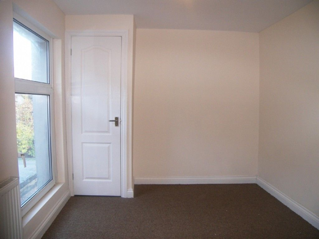 3 bed house for sale in Burrows Road, Neath 7