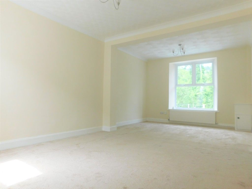 2 bed house for sale in Gored Terrace, Melincourt, Neath 2