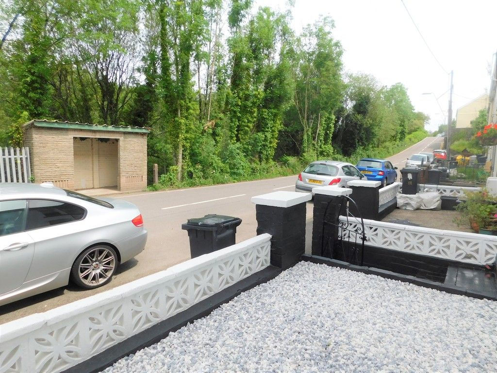 2 bed house for sale in Gored Terrace, Melincourt, Neath  - Property Image 16