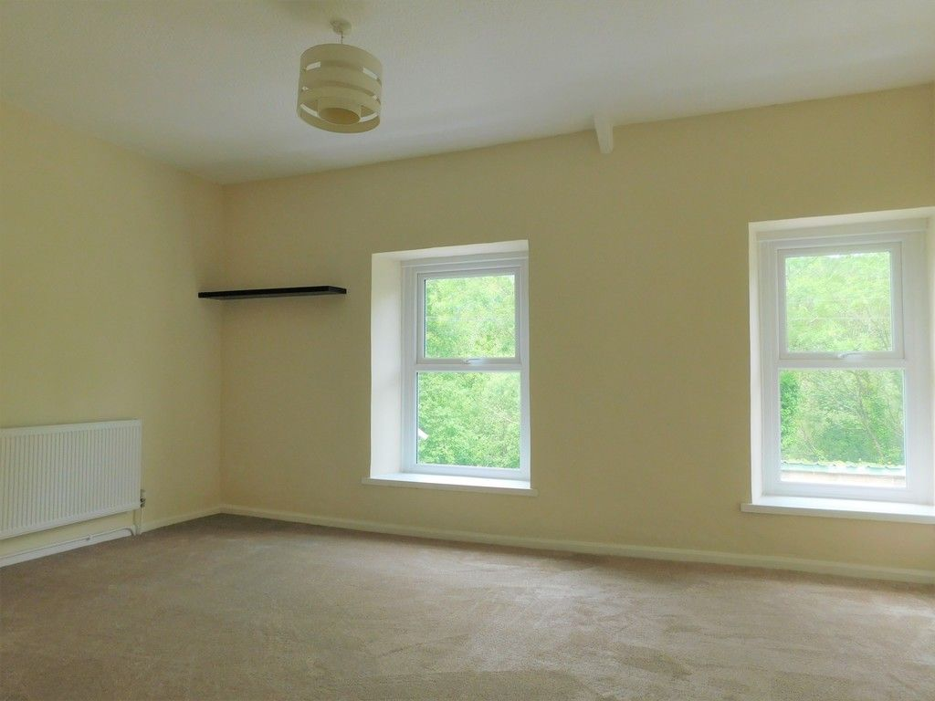 2 bed house for sale in Gored Terrace, Melincourt, Neath  - Property Image 9