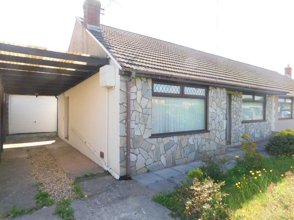 2 bed bungalow to rent in Heol Y Bronwen, Port Talbot, SA12