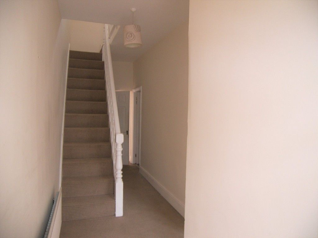 3 bed house for sale in Thomas Terrace, Resolven  - Property Image 2
