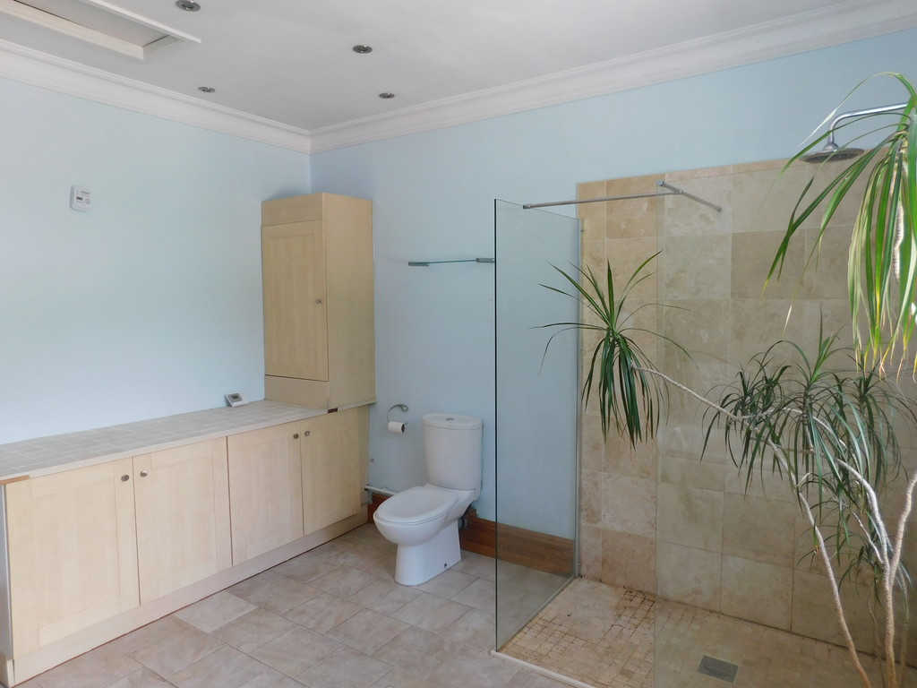 4 bed house for sale in Daphne Road, Rhyddings 11