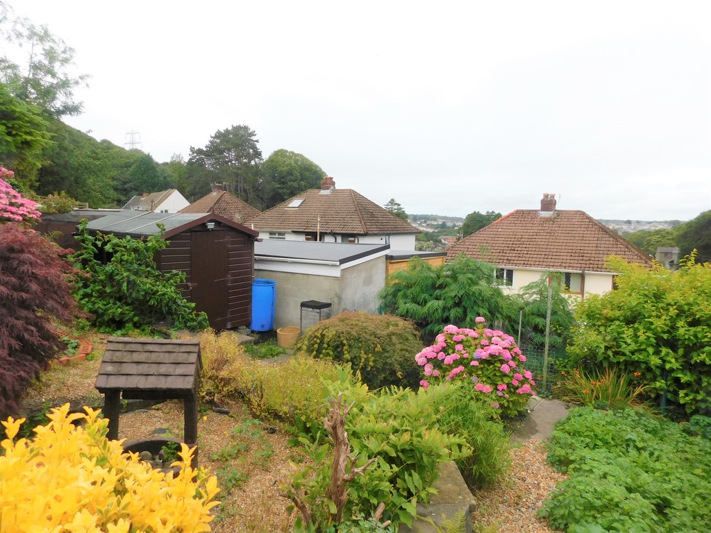 3 bed bungalow for sale in Manor Way, Neath 18