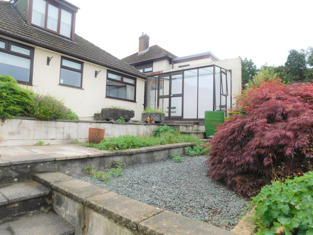 3 bed bungalow for sale in Manor Way, Neath 20
