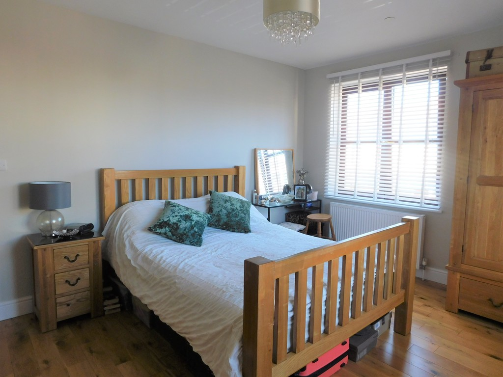 3 bed house for sale in Woodland Road, Neath 11