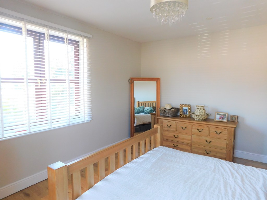 3 bed house for sale in Woodland Road, Neath 12