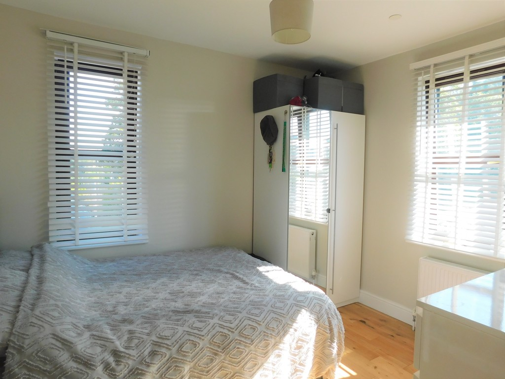 3 bed house for sale in Woodland Road, Neath  - Property Image 13