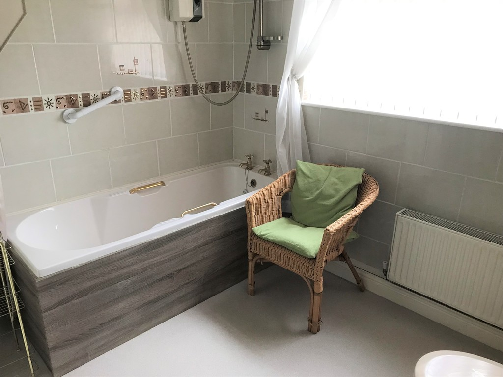 3 bed house for sale in Talbot Road, Skewen, Neath 14
