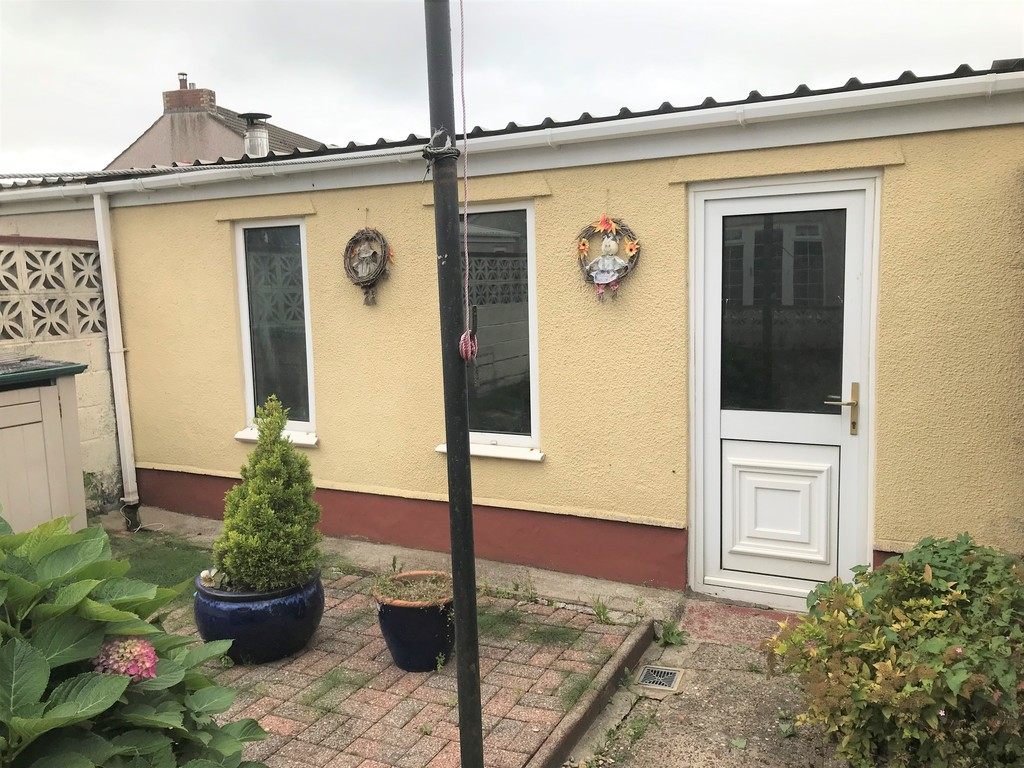 3 bed house for sale in Talbot Road, Skewen, Neath  - Property Image 20