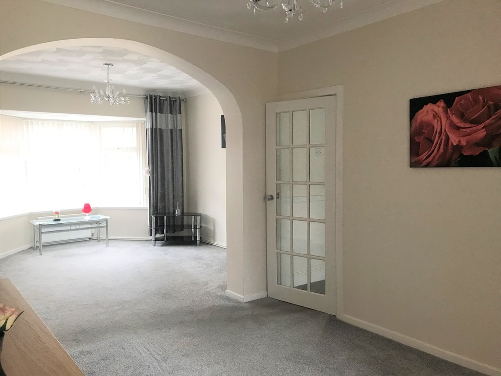 3 bed house for sale in Talbot Road, Skewen, Neath 5