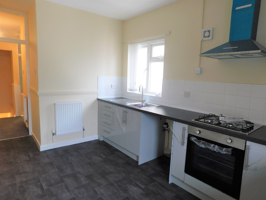 Flat for sale 4