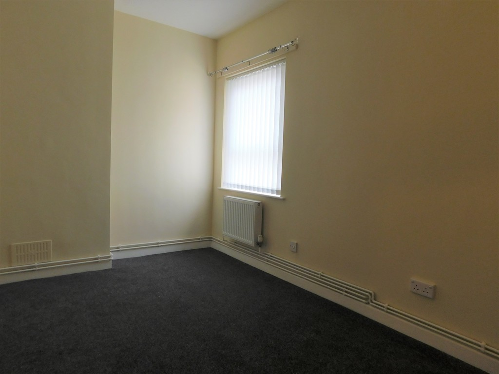 Flat for sale  - Property Image 5