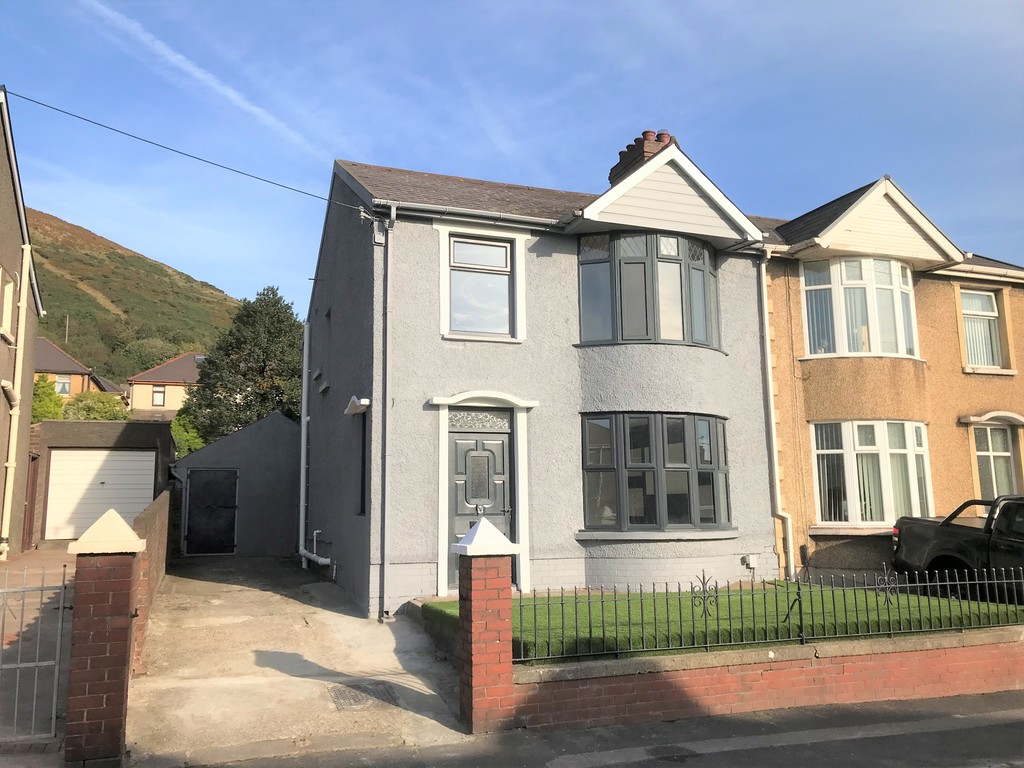 3 bed house for sale in Wern Road, Port Talbot - Property Image 1