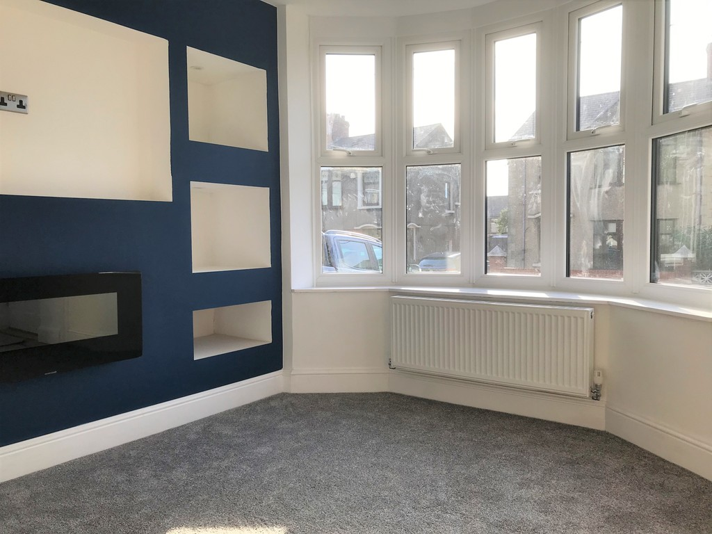 3 bed house for sale in Wern Road, Port Talbot  - Property Image 2