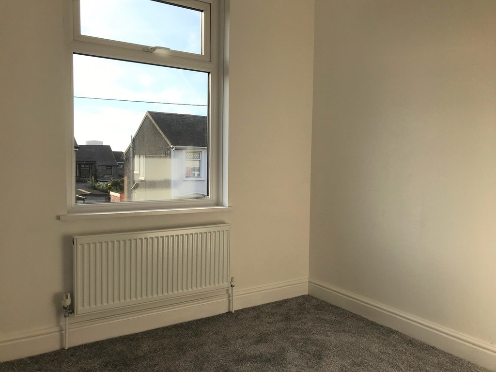 3 bed house for sale in Wern Road, Port Talbot  - Property Image 14