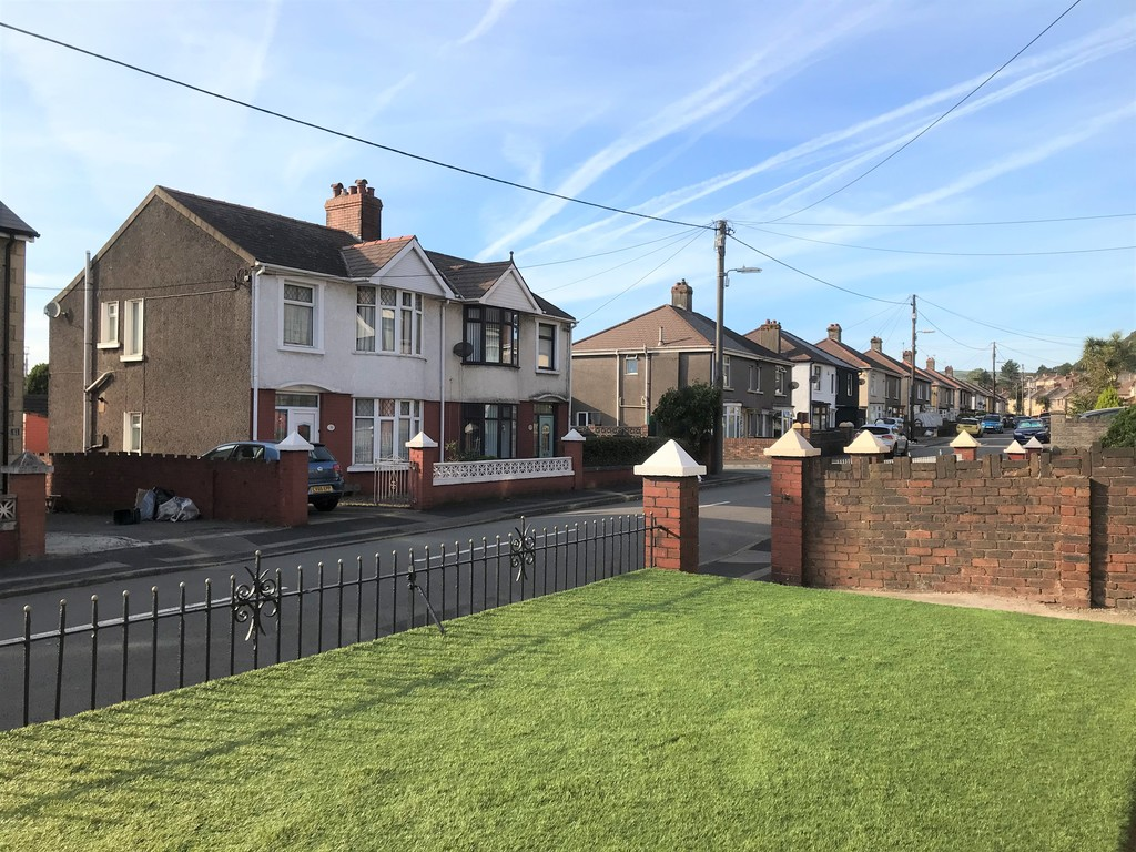 3 bed house for sale in Wern Road, Port Talbot  - Property Image 23