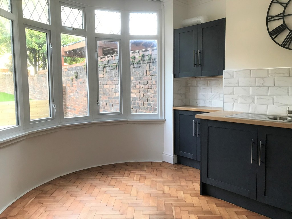 3 bed house for sale in Wern Road, Port Talbot 5