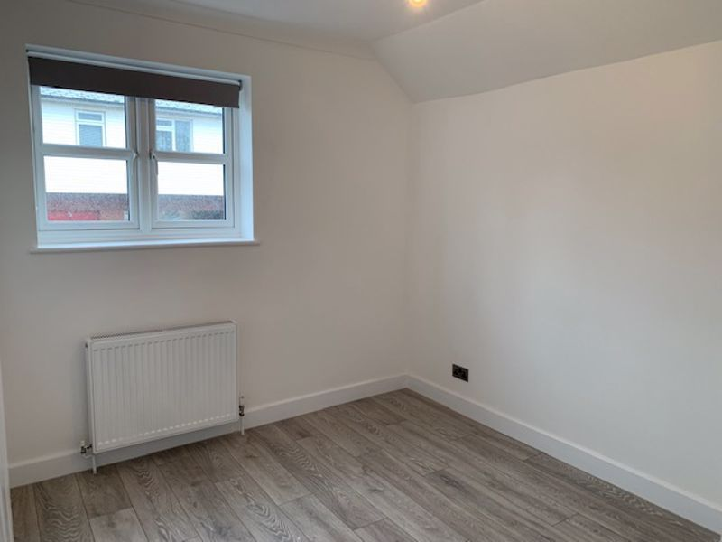 2 bed house to rent in Solomon Road  - Property Image 6