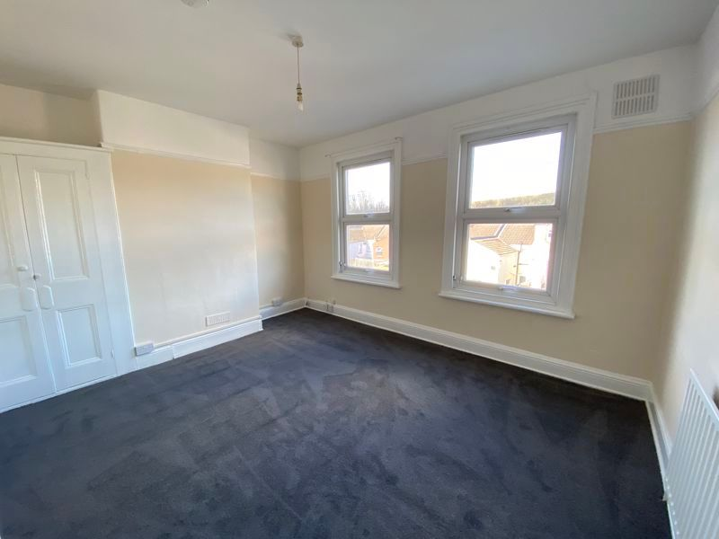 3 bed house to rent in Mills Terrace