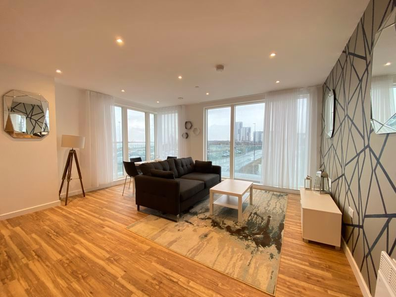 1 bed flat for sale in Pier Approach Road 3