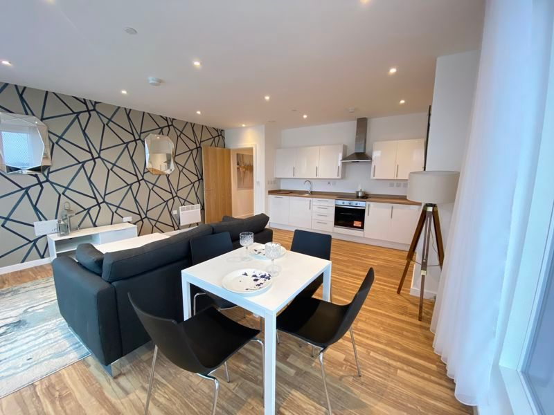 1 bed flat for sale in Pier Approach Road 4