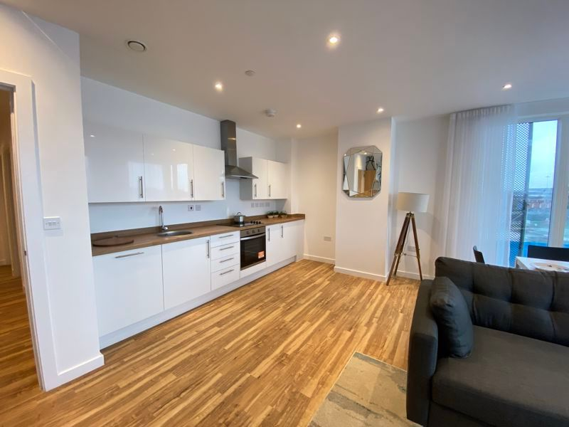 1 bed flat for sale in Pier Approach Road 6