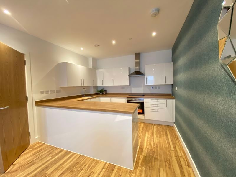 1 bed flat for sale in Pier Approach Road 10