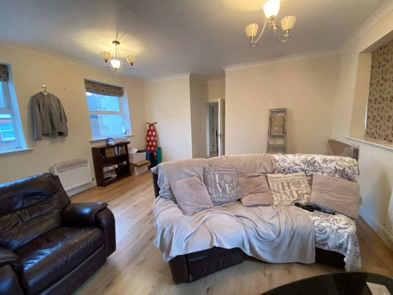 2 bed flat to rent in Garden Street  - Property Image 7