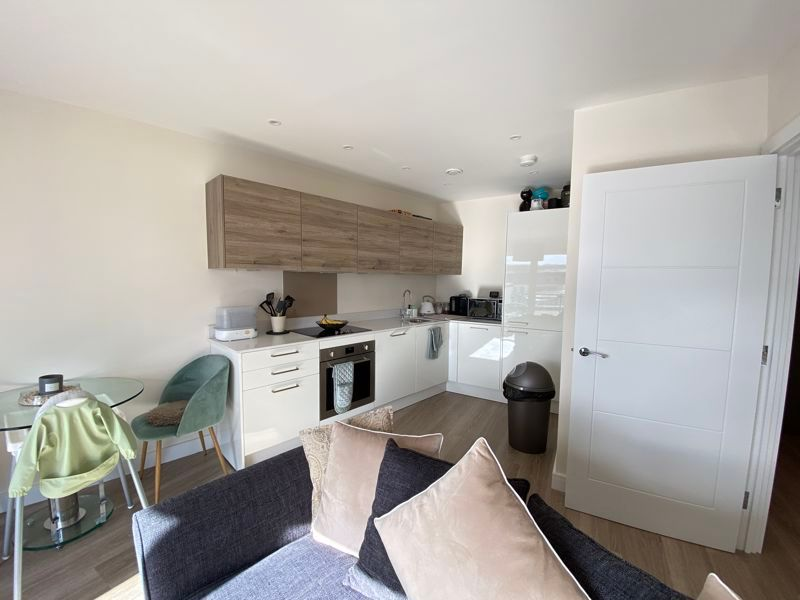 1 bed flat for sale in Ocean Drive 4