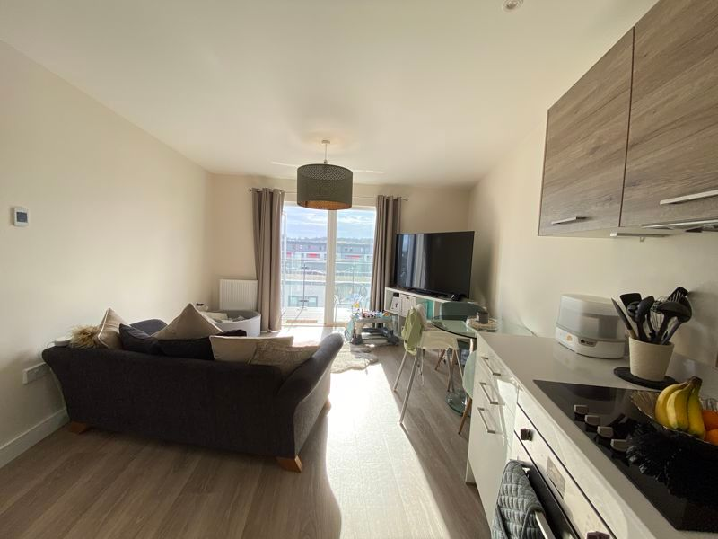 1 bed flat for sale in Ocean Drive 5