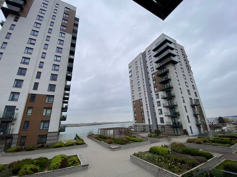 2 bed flat for sale in Pegasus Way 3