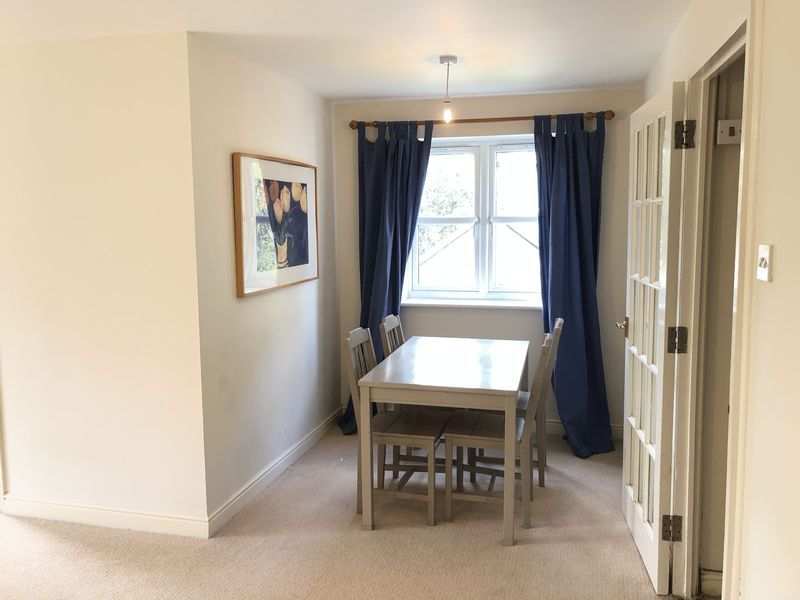 1 bed flat to rent in Glaisher Street 2