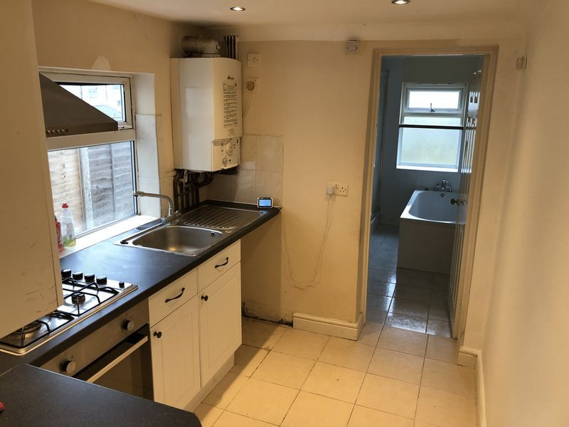 3 bed house to rent in Saunders Street 8