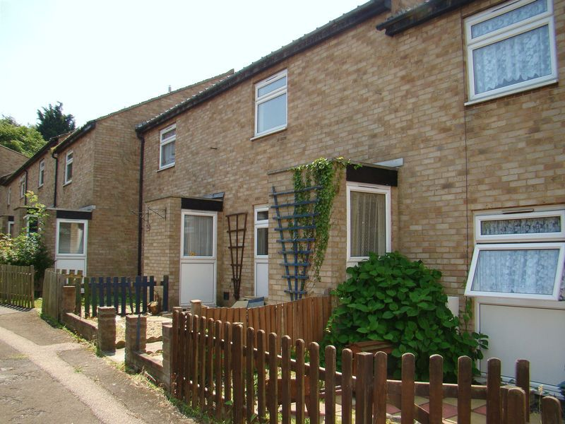 3 bed house to rent in Taswell Road