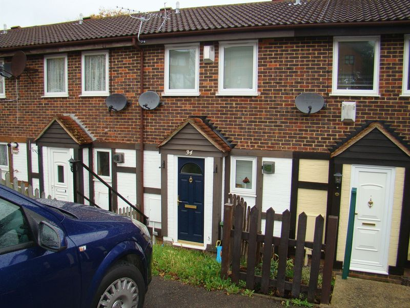2 bed  to rent in Heritage Road