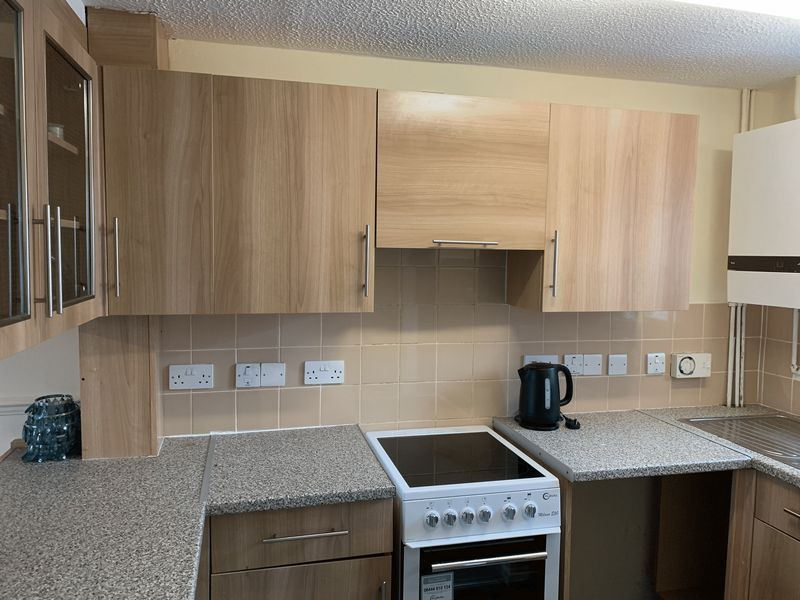 2 bed  to rent in Heritage Road  - Property Image 2
