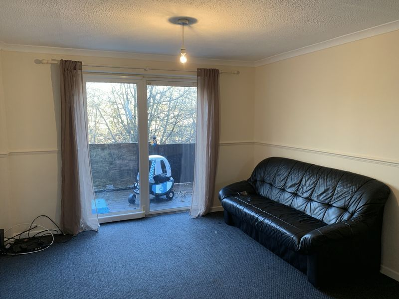 2 bed  to rent in Heritage Road 4