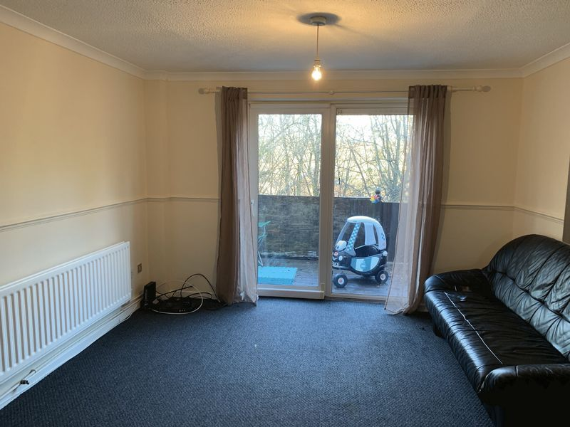 2 bed  to rent in Heritage Road 5