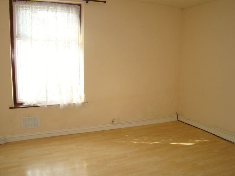 1 bed  to rent in Jeffery Street  - Property Image 2