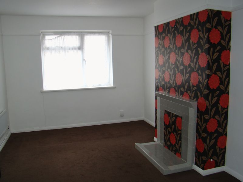 1 bed flat to rent in Derwent Way 2