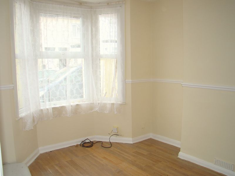 1 bed house-share to rent in Baden Road 1