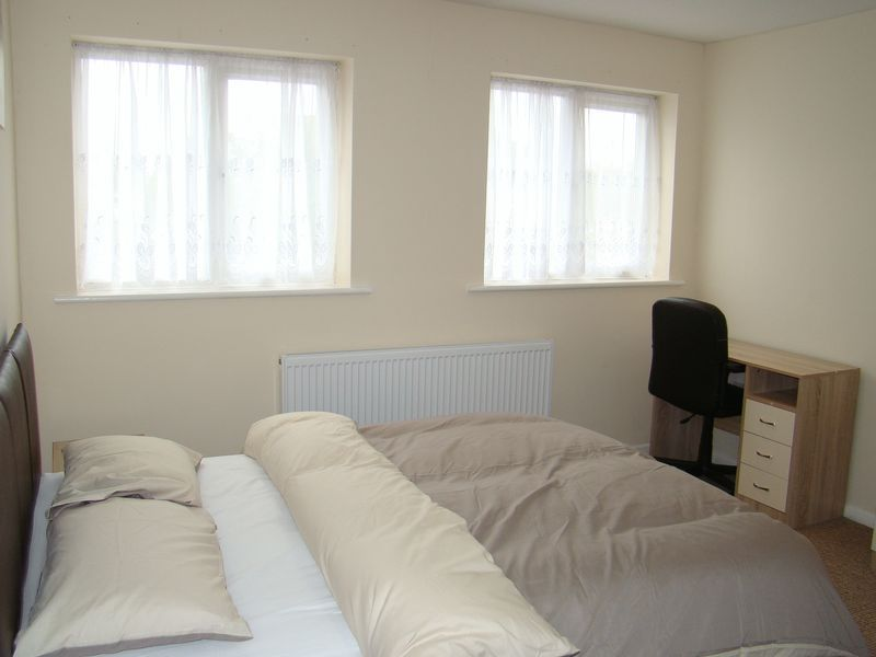 1 bed house-share to rent in High Dewar Road 3