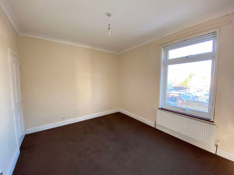2 bed house to rent in Green Street  - Property Image 6
