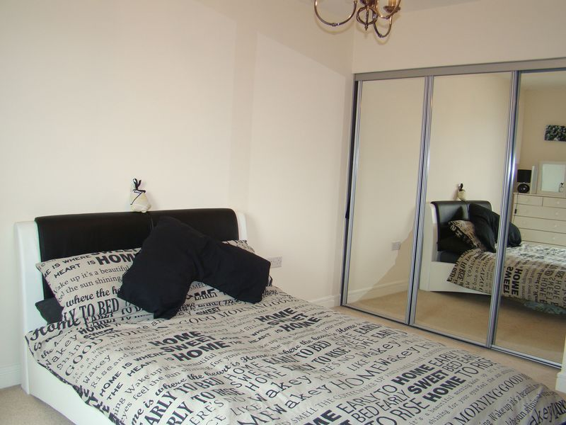 1 bed flat to rent in Pearl Lane  - Property Image 11
