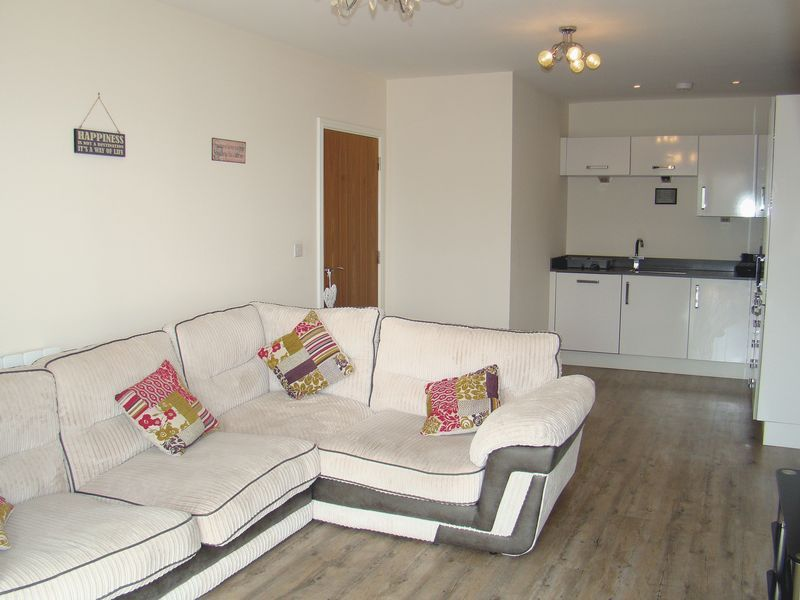 1 bed flat to rent in Pearl Lane 3
