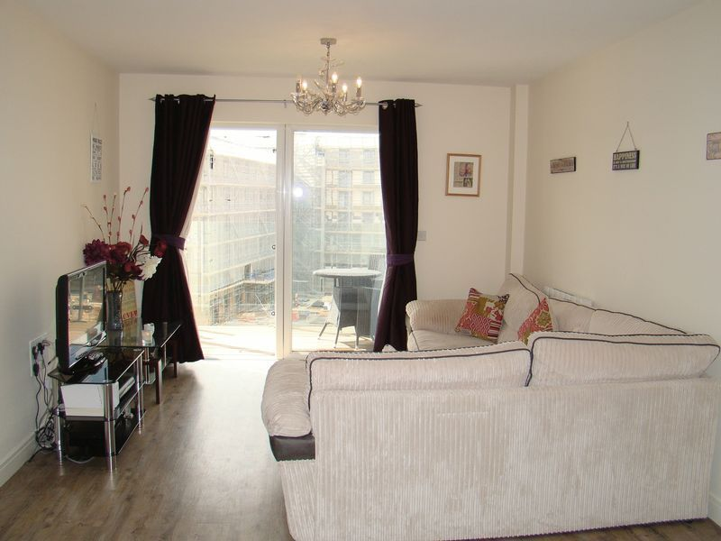 1 bed flat to rent in Pearl Lane 4