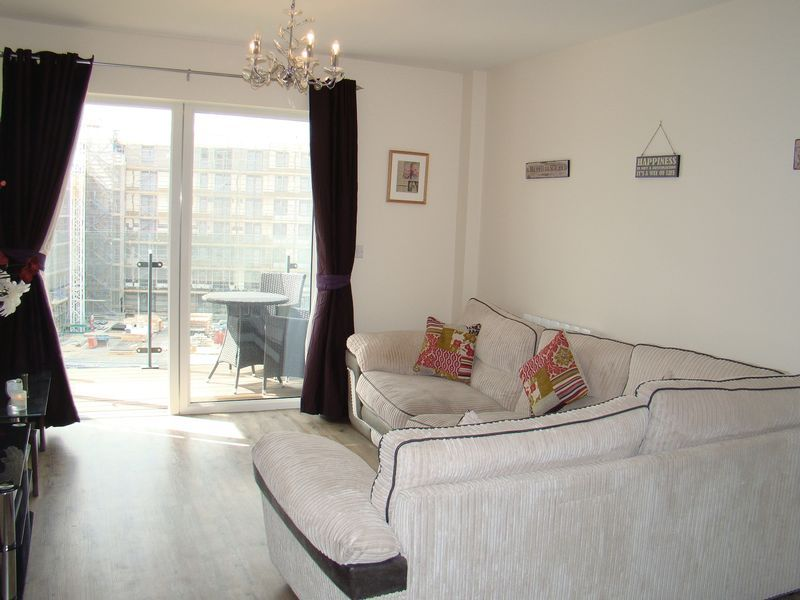 1 bed flat to rent in Pearl Lane 5