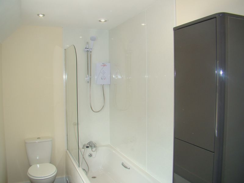 2 bed house to rent in Luton Road  - Property Image 10