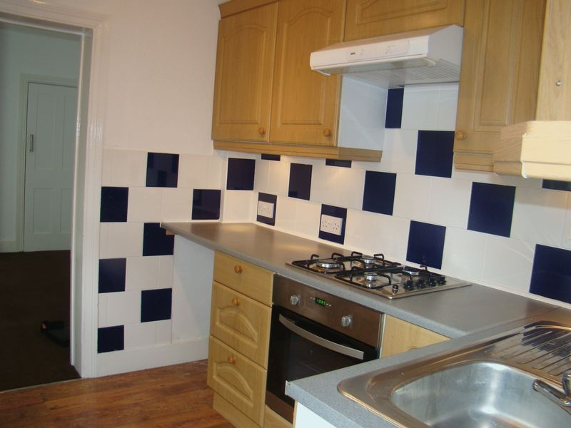 3 bed house to rent in Eva Road 2